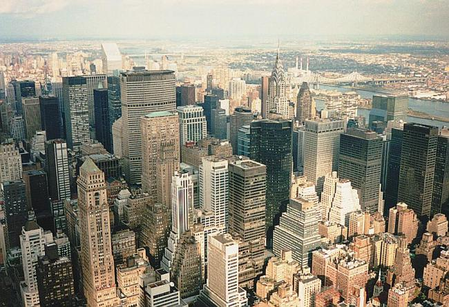New_York_from_Empire_State_Building
