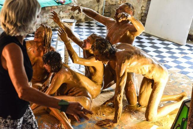 wir-waren-auf-einem-10-taegigen-sex-kunst-festival-in-berlin-body-image-1473258575-size_1000